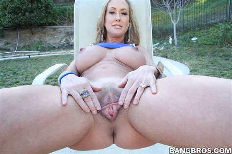 Round Ass Milf Porn Star Brandi Love Screwed Milf Fox