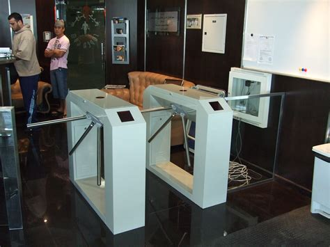 mace automatic sliding boon edam revolving door security