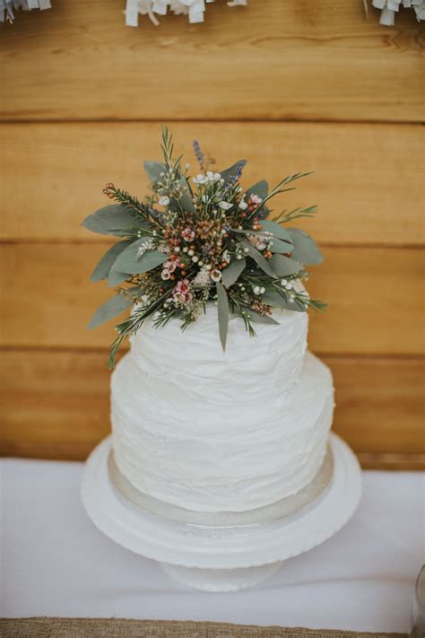 creative diy rustic lavender wedding whimsical