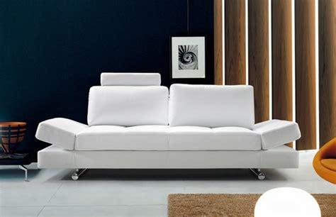 canapé design cuir italien le canapé design italien en 80 photos pour relooker le salon