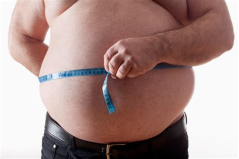 abdominal fat  middle age raises risk  memory loss