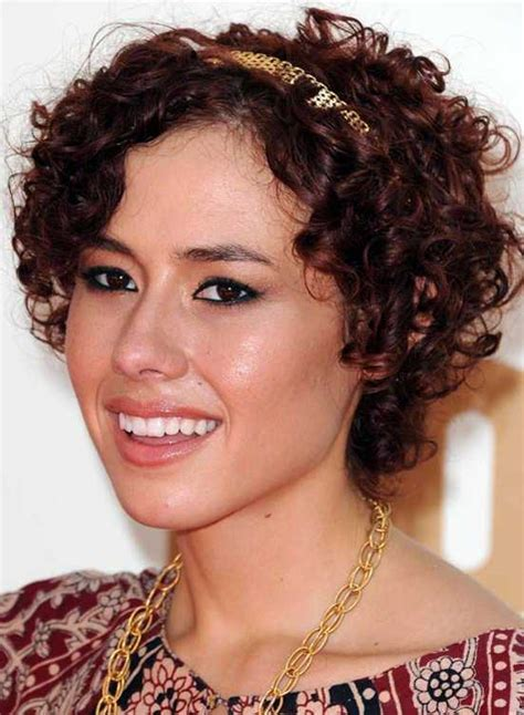 prettiest naturally curly hairstyles to copy hairstylesco