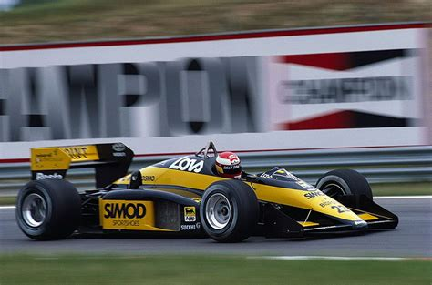 Најновији твитови од adrian campos (@adriancamposjr). 1987 GP Węgier (Adrian Campos) Minardi M187 - Motori Moderni | Voiture americaine, Voiture ...