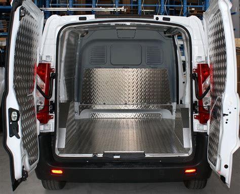 rivestimento furgoni  pannellature furgoni