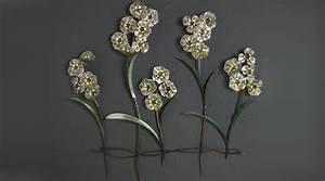 Decoration Murale Fleur : d coration murale m tallique fleurs argent es en relief ~ Teatrodelosmanantiales.com Idées de Décoration