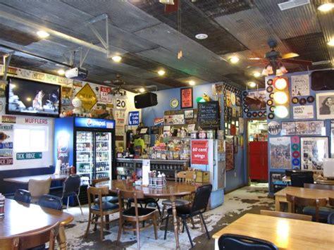 Joes Garage by Joe S Garage Bbq Bakery Clay City Usa