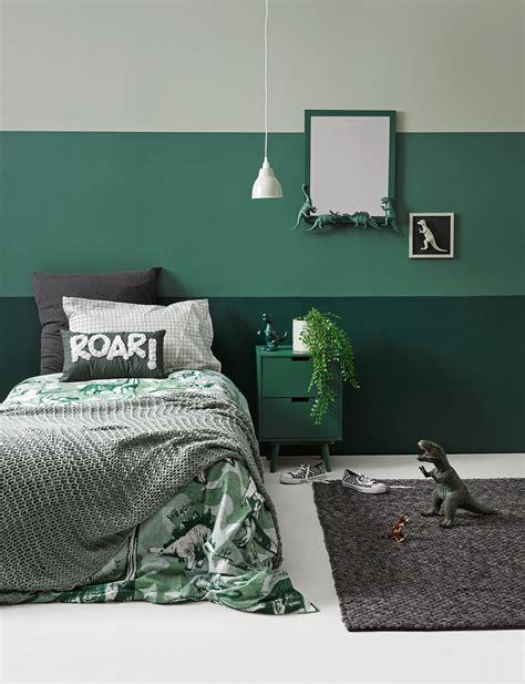 decorate  kids bedroom   diy dinosaur theme