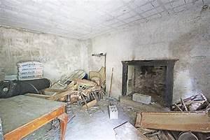 In Vendita Rustico Casale  Berzo San Fermo  Da Ristrutturare  Riscaldamento Inesistente