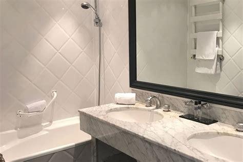 chambre des commerces aix en provence chambre confort hôtel des augustins hôtel aix en provence