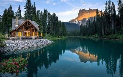 Cabin Lake Mountain Background Canada Emerald Columbia