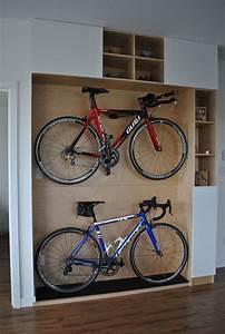 Garage Beke Automobiles Thiais : best 25 indoor bike storage ideas on pinterest bike storage solutions outside bike storage ~ Gottalentnigeria.com Avis de Voitures
