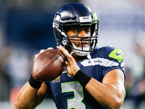eagles  seahawks  russell wilsons  pass