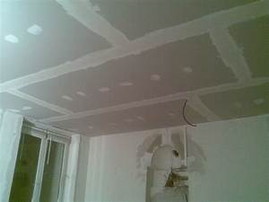 Faux Plafond Placo : pose faux plafond suspendu placoplatre ~ Dallasstarsshop.com Idées de Décoration