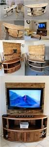 Tv Möbel Ecke : diy wood pallet entertainment center tv stand palety ~ Frokenaadalensverden.com Haus und Dekorationen