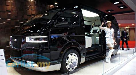 tokyo  toyota auto body pours luxury   hiace van