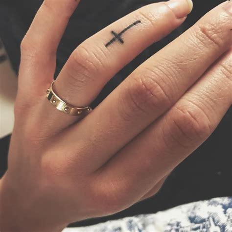 ideas  cross finger tattoos  pinterest love tattoos tattoo  finger