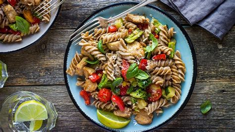 simple steps   healthy pasta dinner everyday health