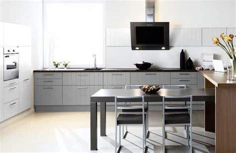 article sur la cuisine aménager cuisine sans que les agents contrôle ne tombent à