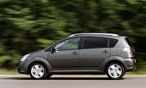 Toyota Corolla Verso 2006 : toyota corolla verso specs photos 2004 2005 2006 2007 autoevolution ~ Medecine-chirurgie-esthetiques.com Avis de Voitures