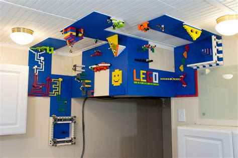 lego wall  ceiling build area total geekdom