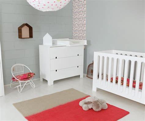 chambre bébé neutre une chambre de bébé bicolore maison