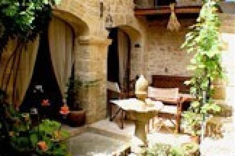 chambres d hotes en luberon un patio en luberon maison d 39 hôtes de charme ansouis