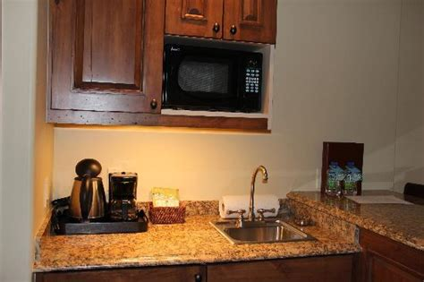 Mini Bar Sink by Mini Bar Area With Sink And Mini Fridge Picture Of