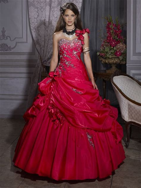 foto de 17 Best images about Red Party Dresses For Women on