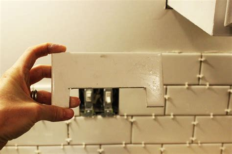 cutting glass subway tile with saw how to install a subway tile kitchen backsplash