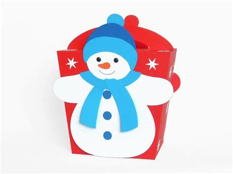 Scherenschnitt weihnachtsbaume vorlage ausdrucken kostenlos bastelideen christ weihnachtskarten basteln tannenbaum vorlage pop up karten vorlagen weihnachten. Schneeflocken, Schneemänner + Schneefrauen - die schönsten ...