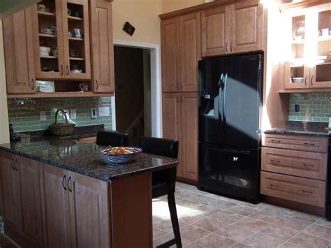 kitchen island and peninsula a kitchen peninsula better than an island 4973