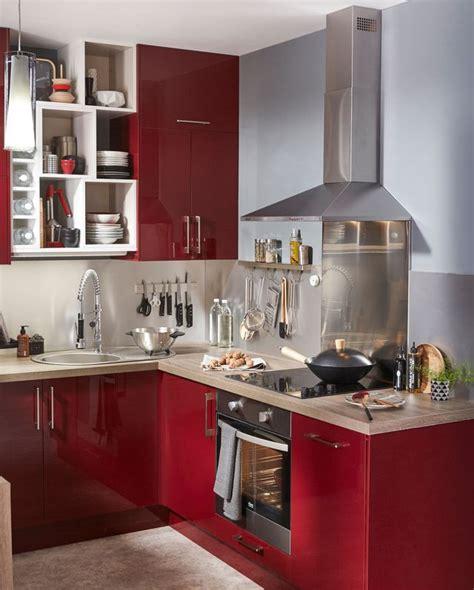 customiser cuisine rustique repeindre des meubles de cuisine rustique cuisine