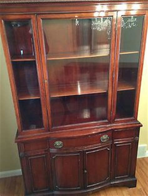 vintage duncan phyfe china cabinet 1000 images about period depression era on