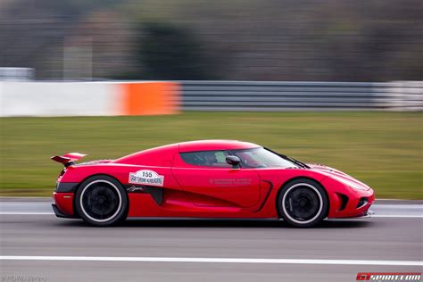Koenigsegg Agera R Sets 402km H Top Speed On Nurburgring