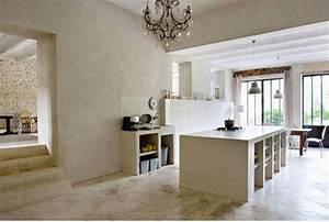 deco cuisine ilot et meubles en beton peinture couleur lin With peinture murale couleur lin 14 deco salon blanc et lin