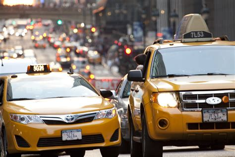 Nyc Considers Taxi App To Compete With Uber And Lyft