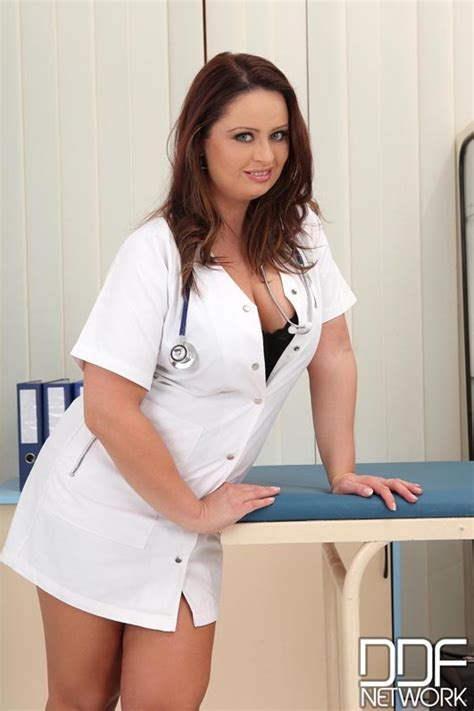 sexy nurse sirale likes stripping at the surgery 1 of 1