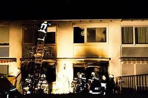 Haus Der Familie Sindelfingen : heiligabend in sindelfingen weihnachtsbaum f ngt feuer ~ Watch28wear.com Haus und Dekorationen