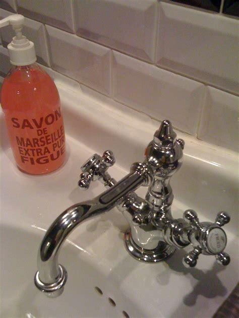 vintage kitchen sinks for 11 best home bath fixtures images on 8836