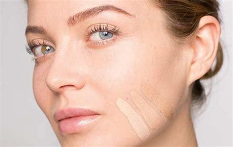 perfekte make up farbe finden ebenm 228 223 iger teint schminktipps grundierung make up richtig auftragen concealer richtig