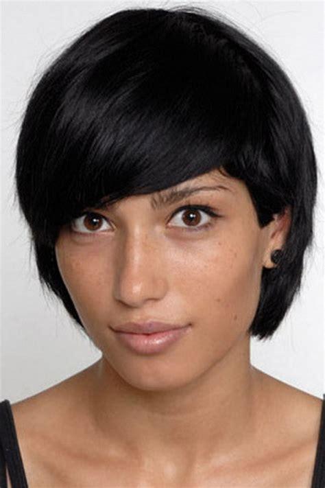 kurze dunkle haare dunkle kurze haare