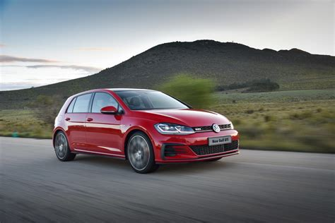 volkswagen gti cool 5 cool things about new volkswagen golf gti cars co za