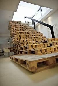 Möbel Aus Europaletten Kaufen : m bel aus europaletten basteln treppe stufen pallets ~ Michelbontemps.com Haus und Dekorationen