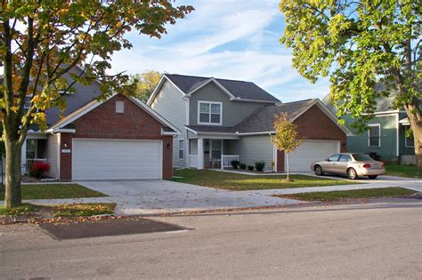 autumn wood single family rentals in toledo oh
