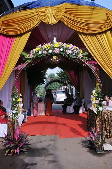 wedding dream acara pernikahan dirumah  konsep ala