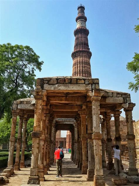 monuments  famous buildings  delhi