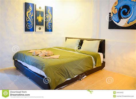 chambre thailandaise chambre à coucher thaïlandaise de style photographie stock