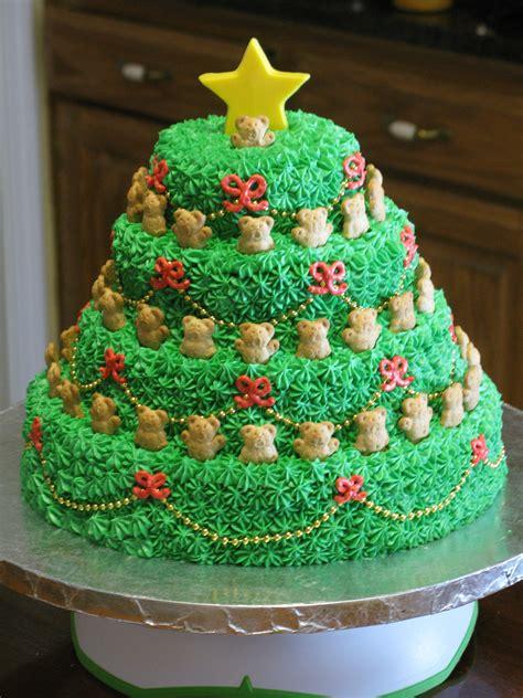 cakes to make at christmas singing christmas tree cake