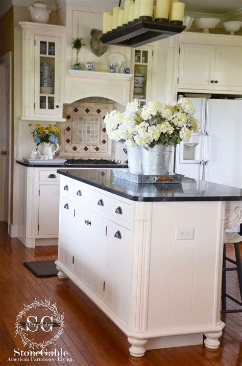 Kitchen Cabinet Island Design - 10 elements of a farmhouse kitchen stonegable