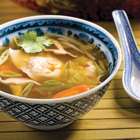 soupe wonton porc et gingembre recettes cuisine et